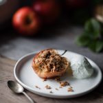 Baked Apples with Easy Oat Streusel